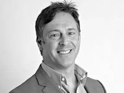 Aurora Fashions CEO Mike Shearwood