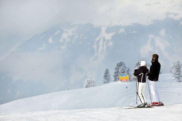 Пара катаний в горах — Стоковое фото © prescott10 #8960376