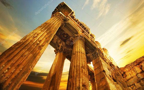 Фото: баальбек. Старые руины. римские колонны в Баальбек ...
