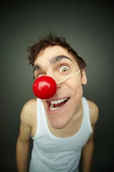 Несчастный человек с красным носом — Стоковое фото ...