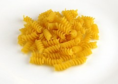 200 Calories of Uncooked Pasta