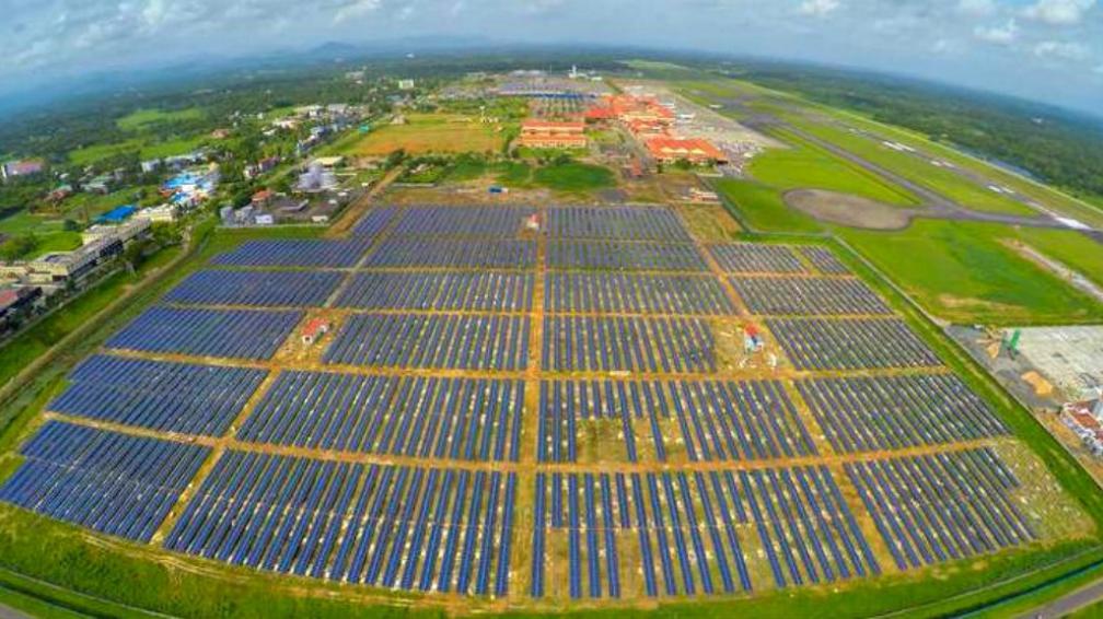 SUSTENTABLE. Este aeropuerto genera un 15 por ciento más de la energía que precisa diariamente. (Foto Grupo Edisur)