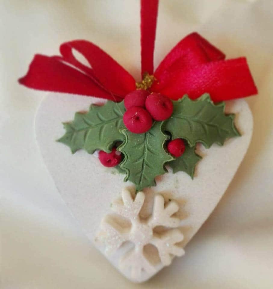 Decori natalizi fai da te lavoretti bambini natale idee decori natale. Decorazioni Natalizie Con La Pasta Di Mais Idee Per Addobbi E Lavoretti Fai Da Te