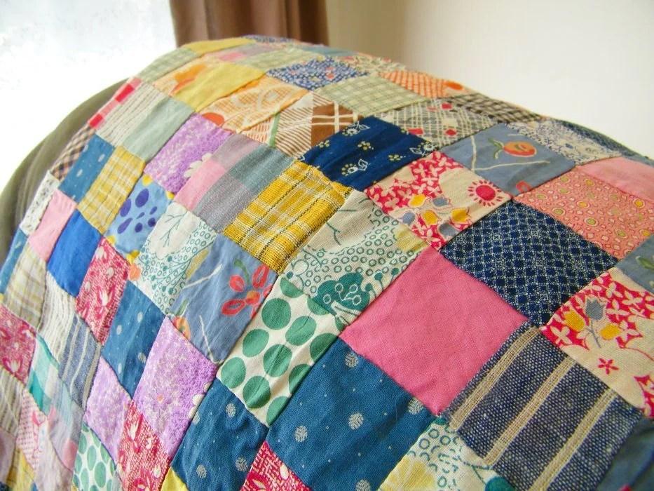 È una tecnica molto usata per realizzare dei quilt, che sono trapunte il cui top (parte superiore) è composto dal. Trapunta Matrimoniale Fai Da Te Idee Originali Per Realizzarla