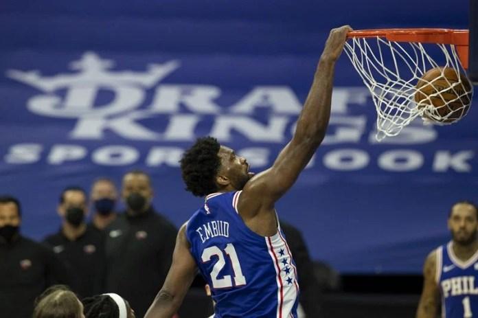Joel Embiid dunk for the Philadelphia 76ers