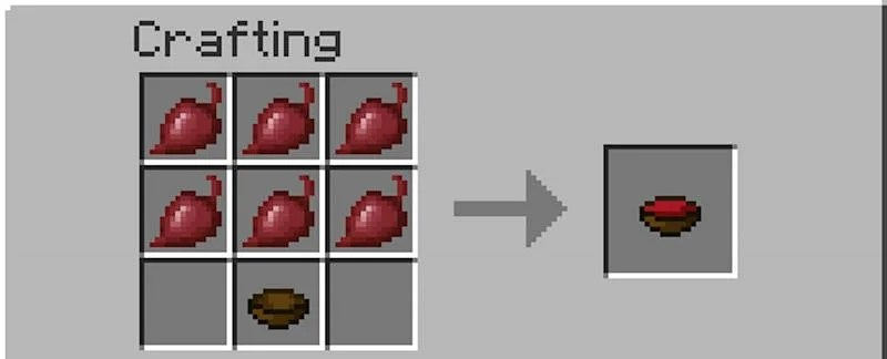 Arafting recipe for beetroot soup in Minecraft (Image via Minecraft)