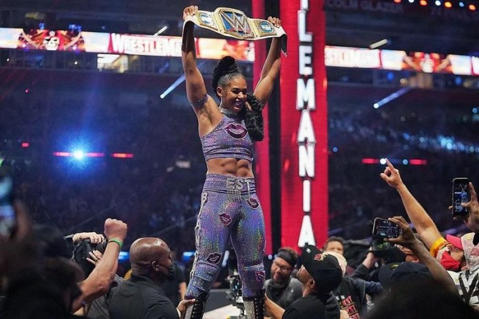 Bianca Belair crowned as new SmackDown Women's Champion after historic  WrestleMania main event