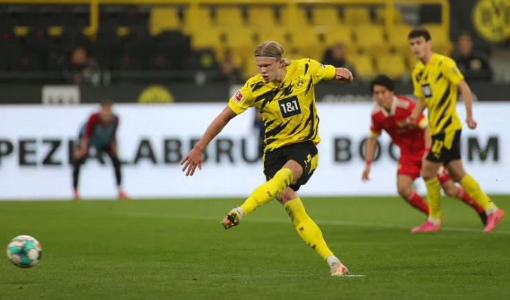 BVB superstar Erling Haaland. (Photo by Friedemann Vogel - Pool/Getty Images)