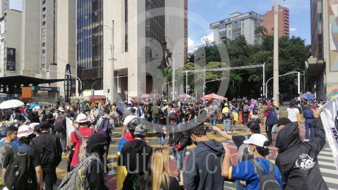 Investigan a personas de Bogotá que habrían llegado a Medellín a causar disturbios durante manifestaciones de ayer