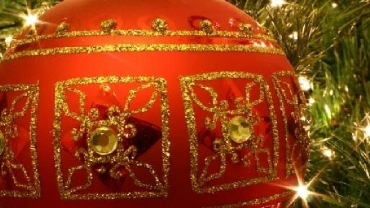 Passare il natale con la persona amata è il più bel regalo che si possa ricevere. Auguri Di Buon Natale 2014 2015 Frasi In Inglese Aziendali Divertenti E D Amore