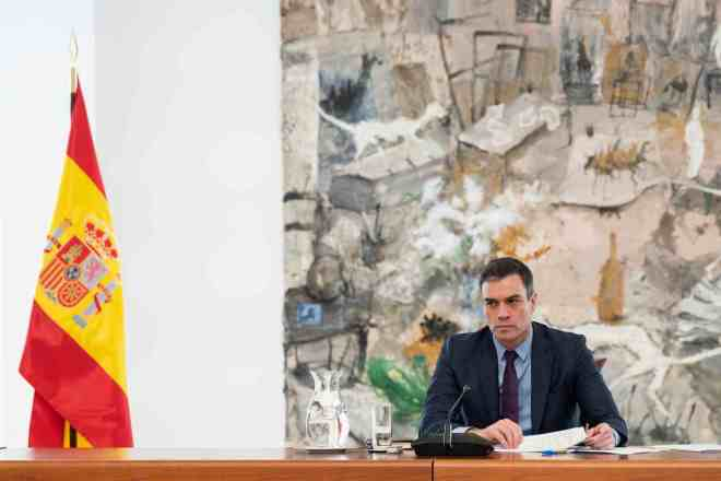 El presidente Pedro Sánchez anunciará hoy si prorroga el estado de alarma otros 15 días.