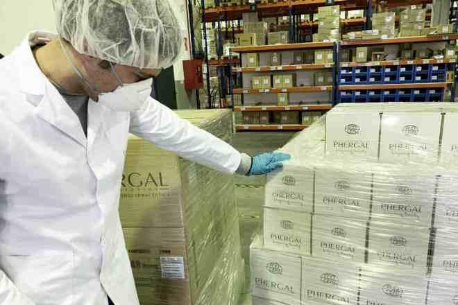 Phergal ha enviado 25.900 unidades de productos de higiene personal de primera necesidad al hospital de campaña de Ifema.