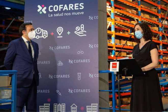 Eduardo Pastor, presidente de Cofares, e Isabel Díaz Ayuso, presidenta de la Comunidad de Madrid.