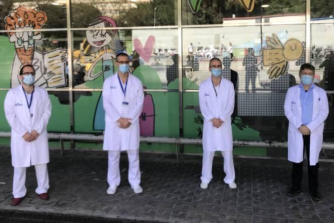 Equipo médico que ha realizado la operación