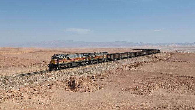 Adif assumeix la missió de renovar l'obsoleta xarxa ferroviària iraniana (Wikimedia)