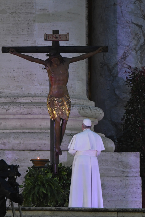 Papa Francesco: l'indulgenza plenaria in una piazza San Pietro ...