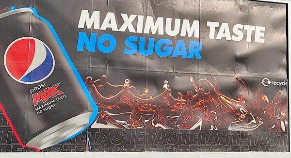 Repetir la palabra 'TASTE' en un anuncio en España no era buena idea...