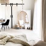 Weisse Schlafzimmer Im Rustikalen Stil Mit Kleiderschrank Reno Turen