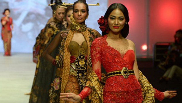 Singapore Airlines To Support 2016 Indonesia Fashion Week En Tempo Co