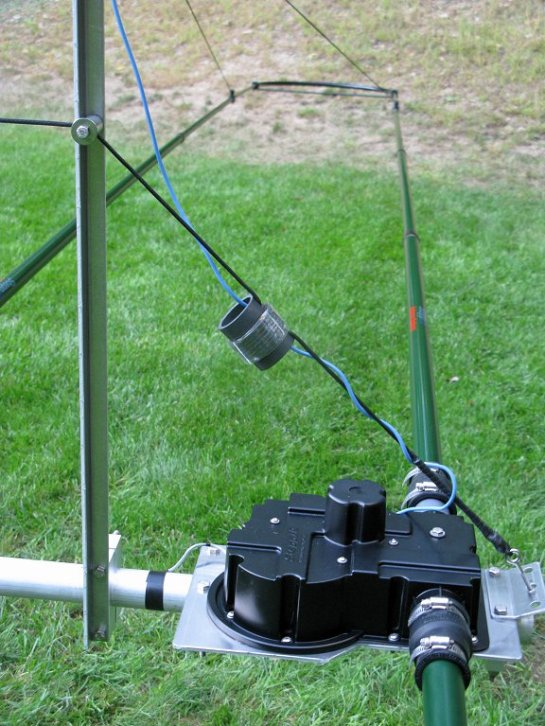 80m Dipole Support End
