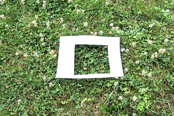 Find the 4 leaf clover game