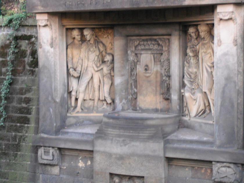 Schiller-Körner-Denkmal gegenüber des Schillerhäuschens, Schillerstraße in Loschwitz / Dresden
