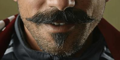pablo mustach crop