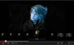 Sela Sue Smurfette?<br /> <em>Notice the thumbnail images showing the correct colours!</em>