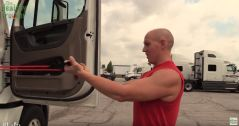 Status Transportation reviews Exercise for truckers - Curls