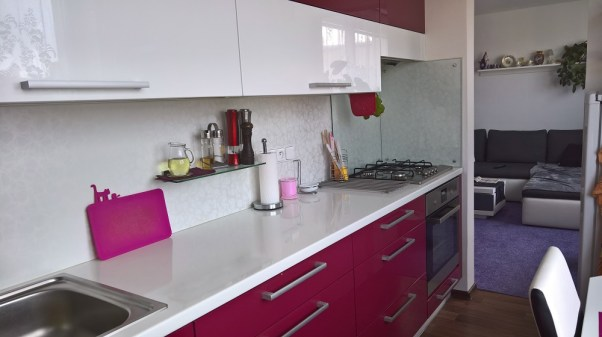 Laminátová kuchyňská deska