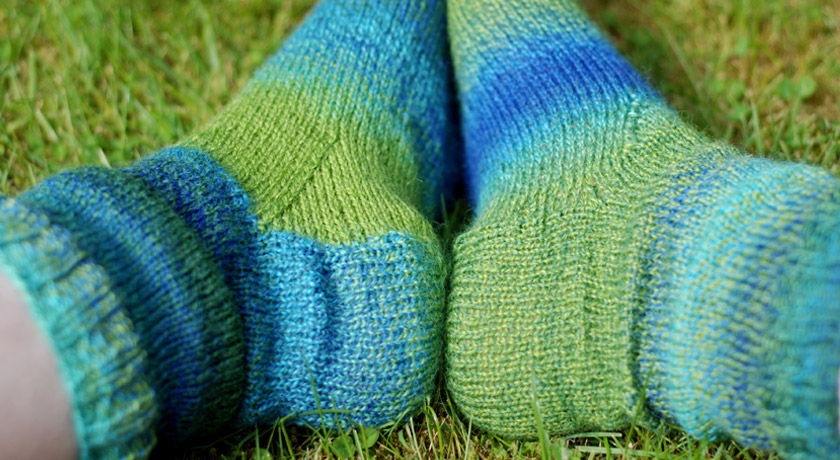 Knitted sock gusset shaping
