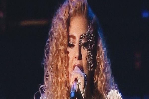Pourquoi 'Joanne' m'a fait pleurer quand Lady Gaga a ouvert sa porte sur sa fibromyalgie
