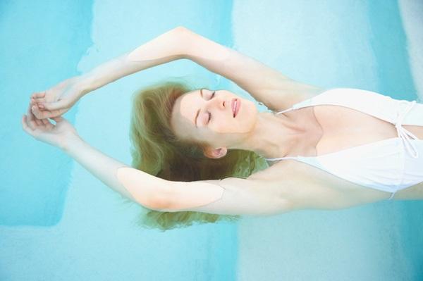Zweef uw chronische pijn en fibromyalgiepijn weg door deze therapie