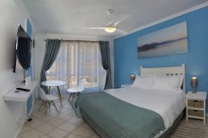 Ocean view Bloubergstrand Bachelor Apartment