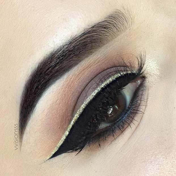 Brown Smokey Eye and Gold Glitter Eyeliner