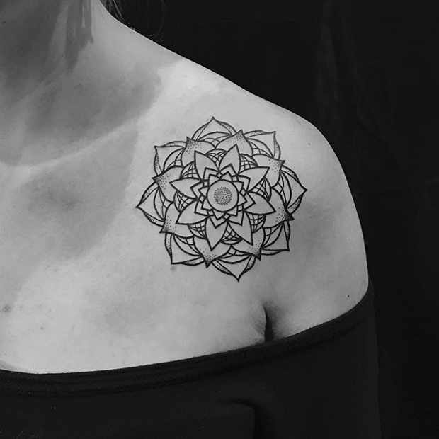 Women's Floral Collar Bone Mandala Tattoo