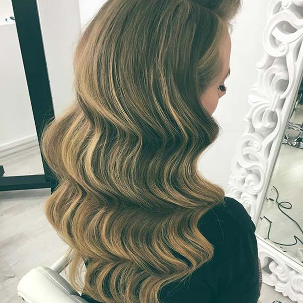 Vintage Glamour Wave Hair Idea for Prom