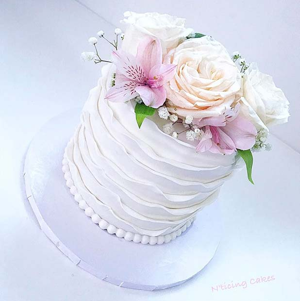 Simple Ruffle and Floral Cake for Summer Wedding Cakes