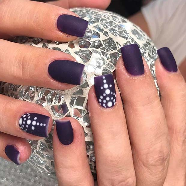 White Dotted Accent Nail