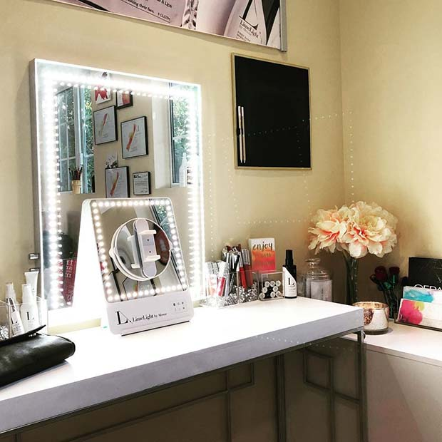 23 Must-Have Makeup Vanity Ideas