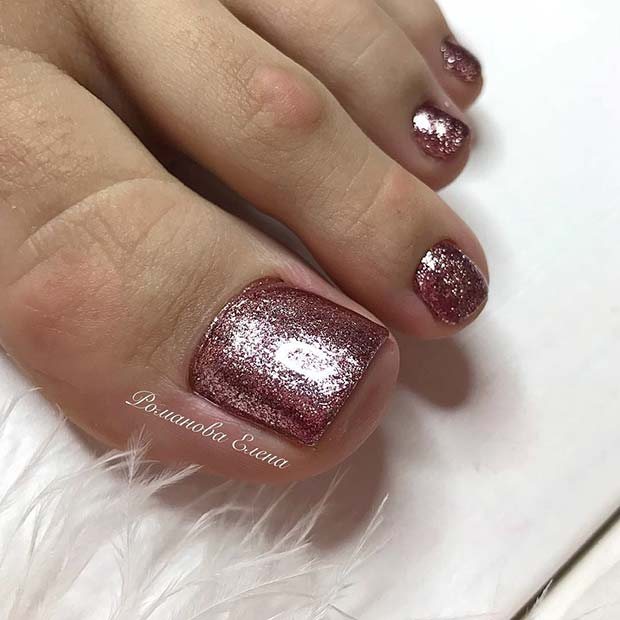 Glitter Nail Ideas For Summer: 21 Elegant Toe Nail Designs For Spring And Summer