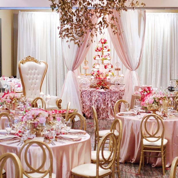 21 Unique Bridal Shower Themes Any Bride Will Love ...