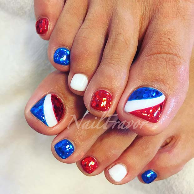 4th of July Pedicure Idea