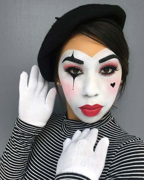6. Cute Mime Makeup and Costume Idea for Women