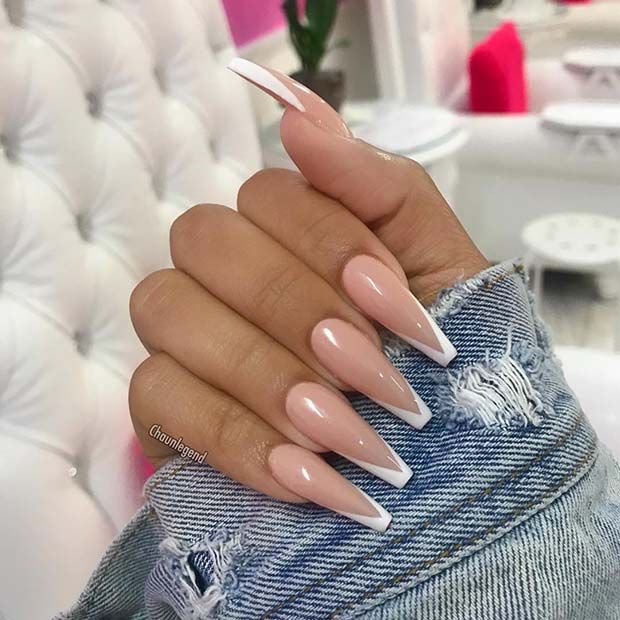 Sexy Nude And White Nails Scenes