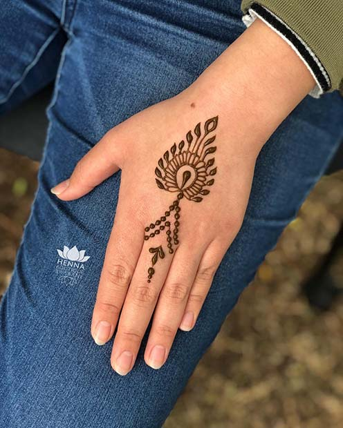 Simple Henna Design for the Hand