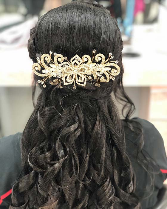 Gorgeous Curls and Statement Accessory