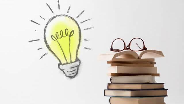本と電球のマーク