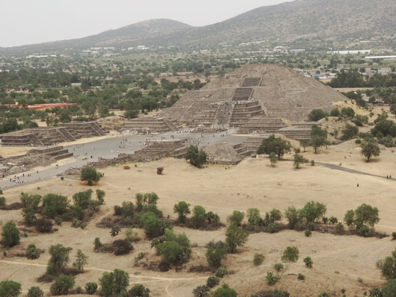 This is the view from the Pyramid of the Sun of the smaller Pyramid of the Moon. Both pyramids are view-able on tours. | Stay gold Autumn