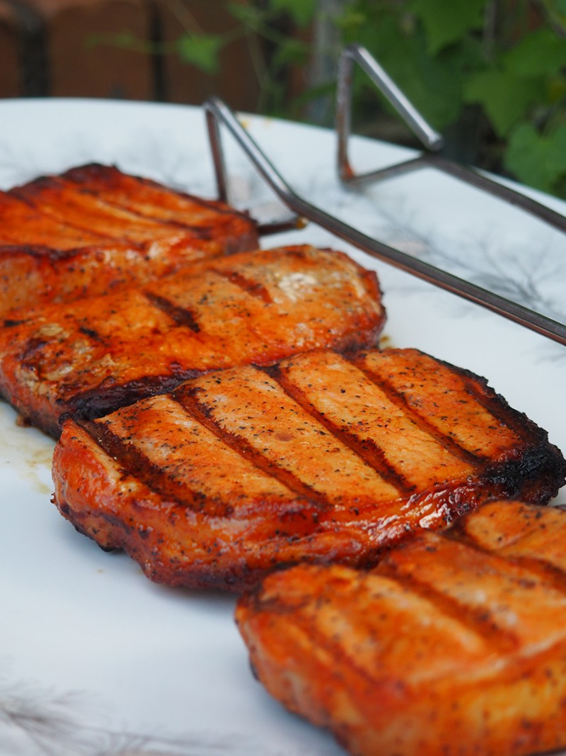 Smithfield® Hickory Smoked Brown Sugar Marinated Fresh Pork Chops are delicious, easy to bbq, and have a ton of flavor! #AD #IC #realflavorrealfast
